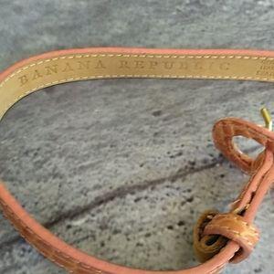 Banana Republic Accessories - Banana Republic skinny Leather BELT Croco Peach